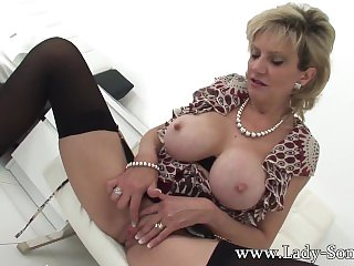 British Milf Lady Sonia home alone..