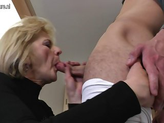 Horny mature mom and wife fucking her..